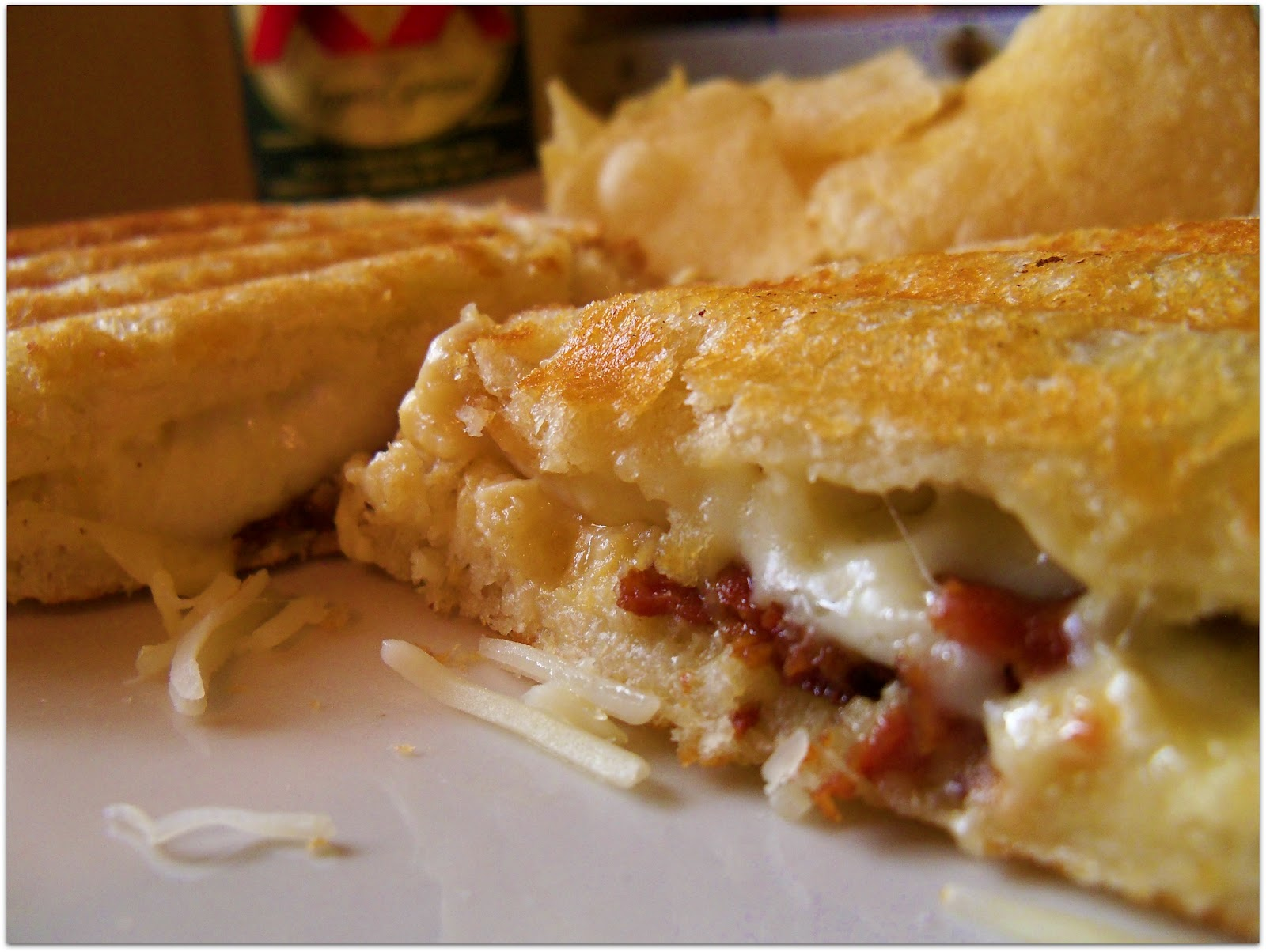 The Style Dossier: Ultimate Grilled Cheese Sandwich