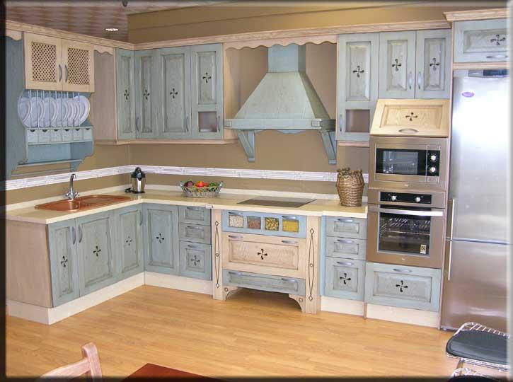 Se realiza en madera de roble o pino Los colores y procesos de
