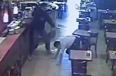 cajero empleado hace huir a asaltantes hoy en la pasiva en argentina
