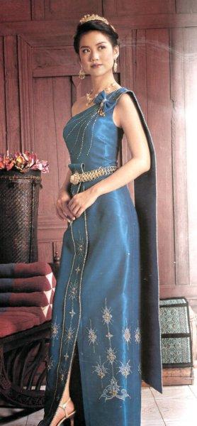 Thai wedding dresses wedding style guide for Thai style wedding dress