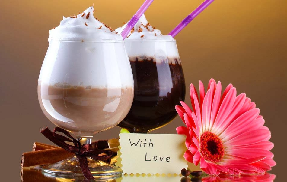cocktails-drinks-chocolate-foam-tubes-note-with-love-flower-wallpaper