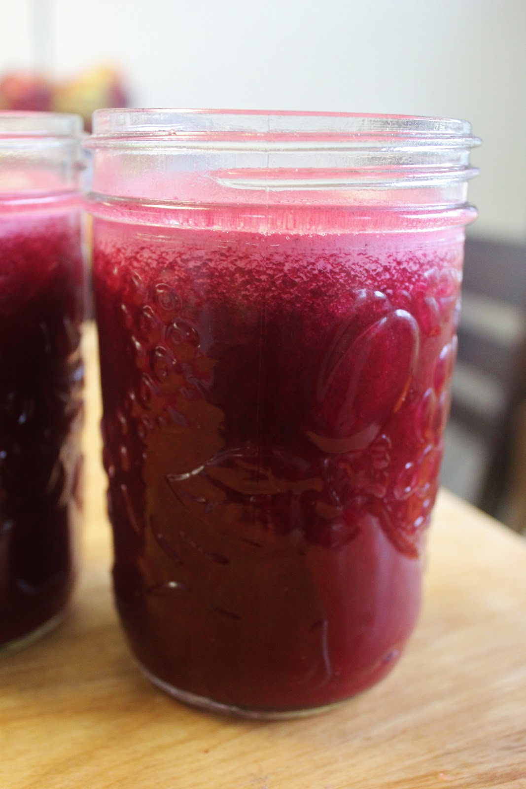 sweet beet peppermint juice: makes three cups