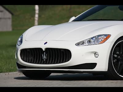 2011 Maserati GranCabrio Wallpaper