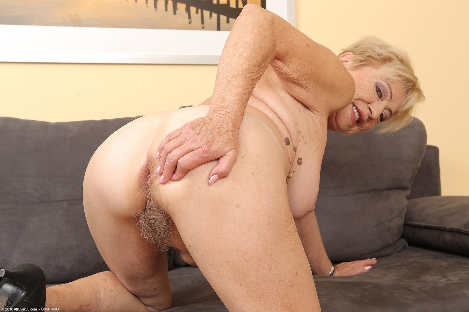Titten nude old granny.blogspot