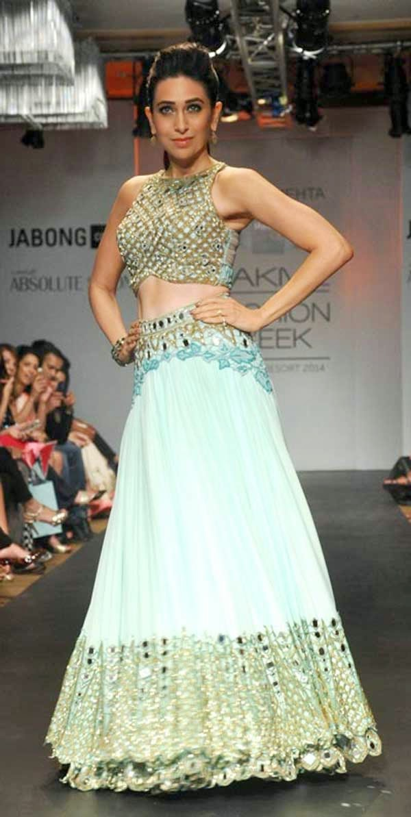 Karishma Kapoor showcases a creation by Arpita Mehta