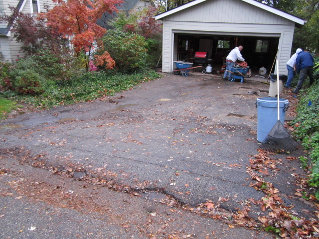 how to clean interlocking brick driveway