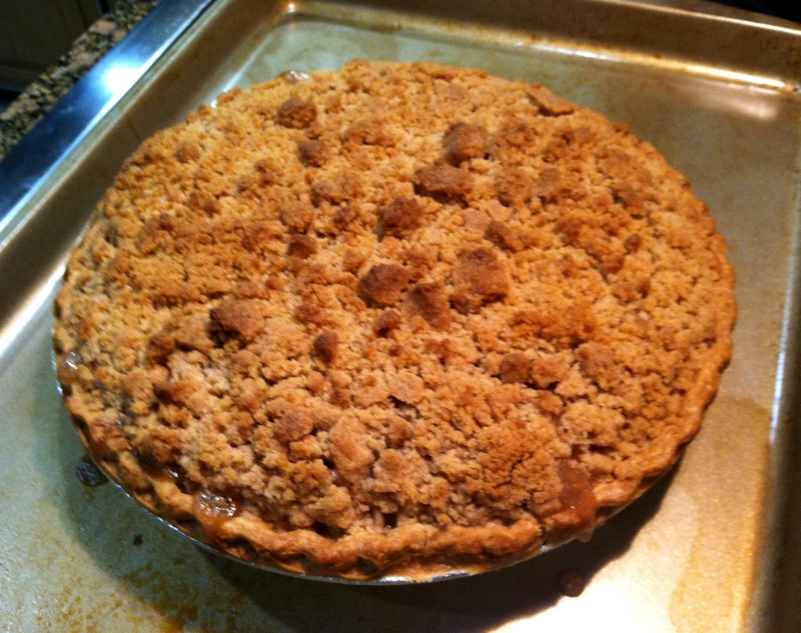 Apple Crumb Pie | Sharla's Sweets