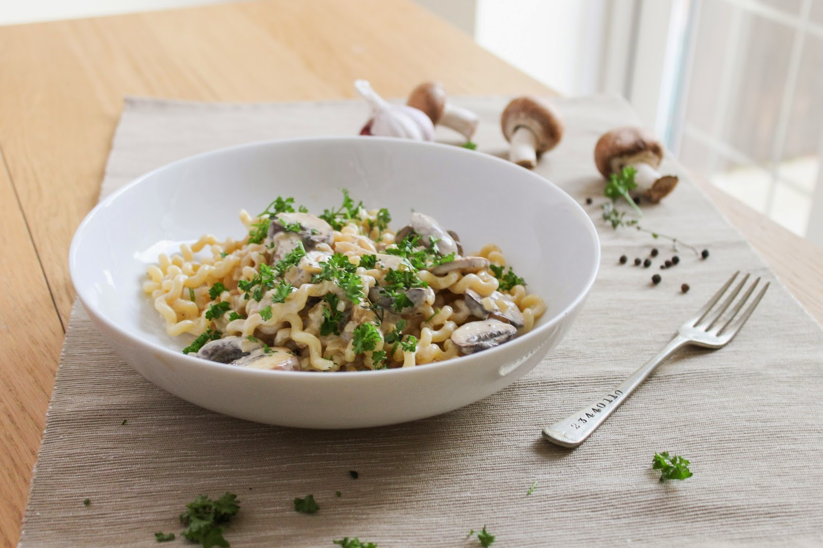 eat like you love yourself: Creamy Mushroom Pasta