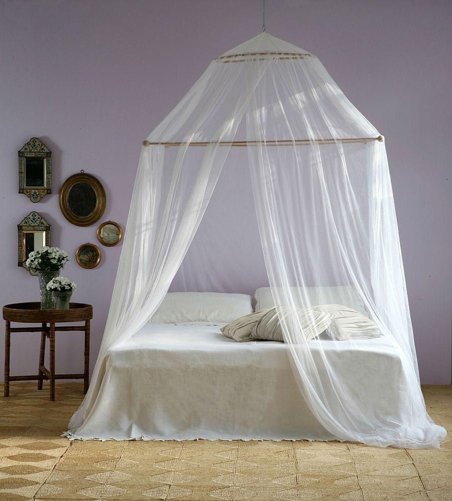 Visi n interiorista cama con dosel o mosquitera - Cama con dosel ...