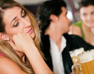 Cara Agar Tidak Galau Saat Mantan Kekasih Punya Pacar Baru