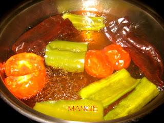Caldo gachas de pimentón