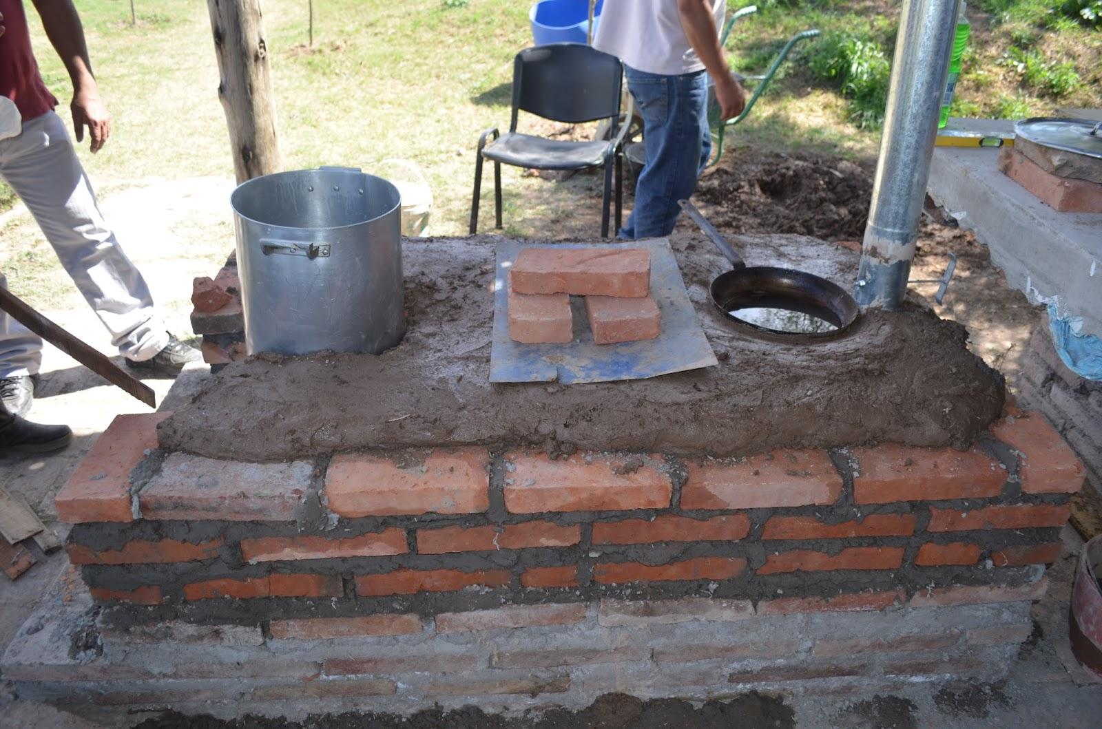Taller de cocina ahorradora de le a en el cda centro for Cocina ecologica de lena