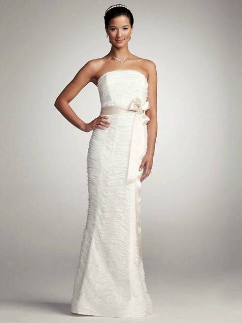 Most sought wedding gowns inexpensive price for Paying for a wedding dress