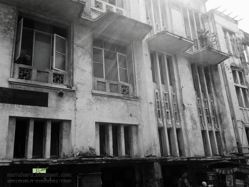 gedung tua 1