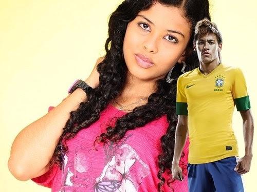 Colocar foto em molduras online do Neymar