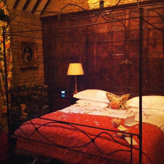 nicholas cage hotel