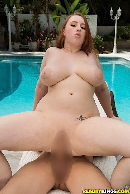 Felicia Clover_in Bouncy breasts_1