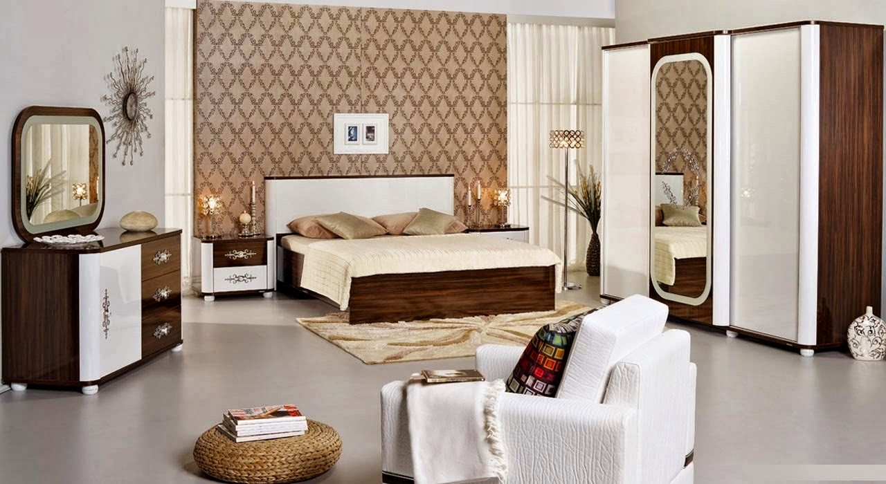 Decorating Small Bedroom For Two People Bedroom Ideas