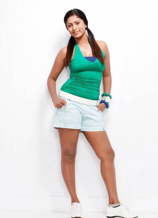 lakshana bikini actress pics