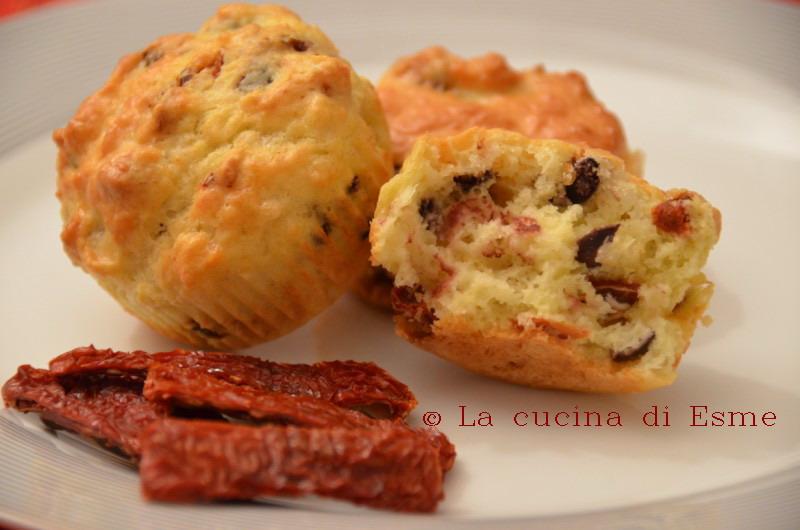 La cucina di esme muffin salati con pomodorini secchi e olive taggiasche - La cucina di esme ...