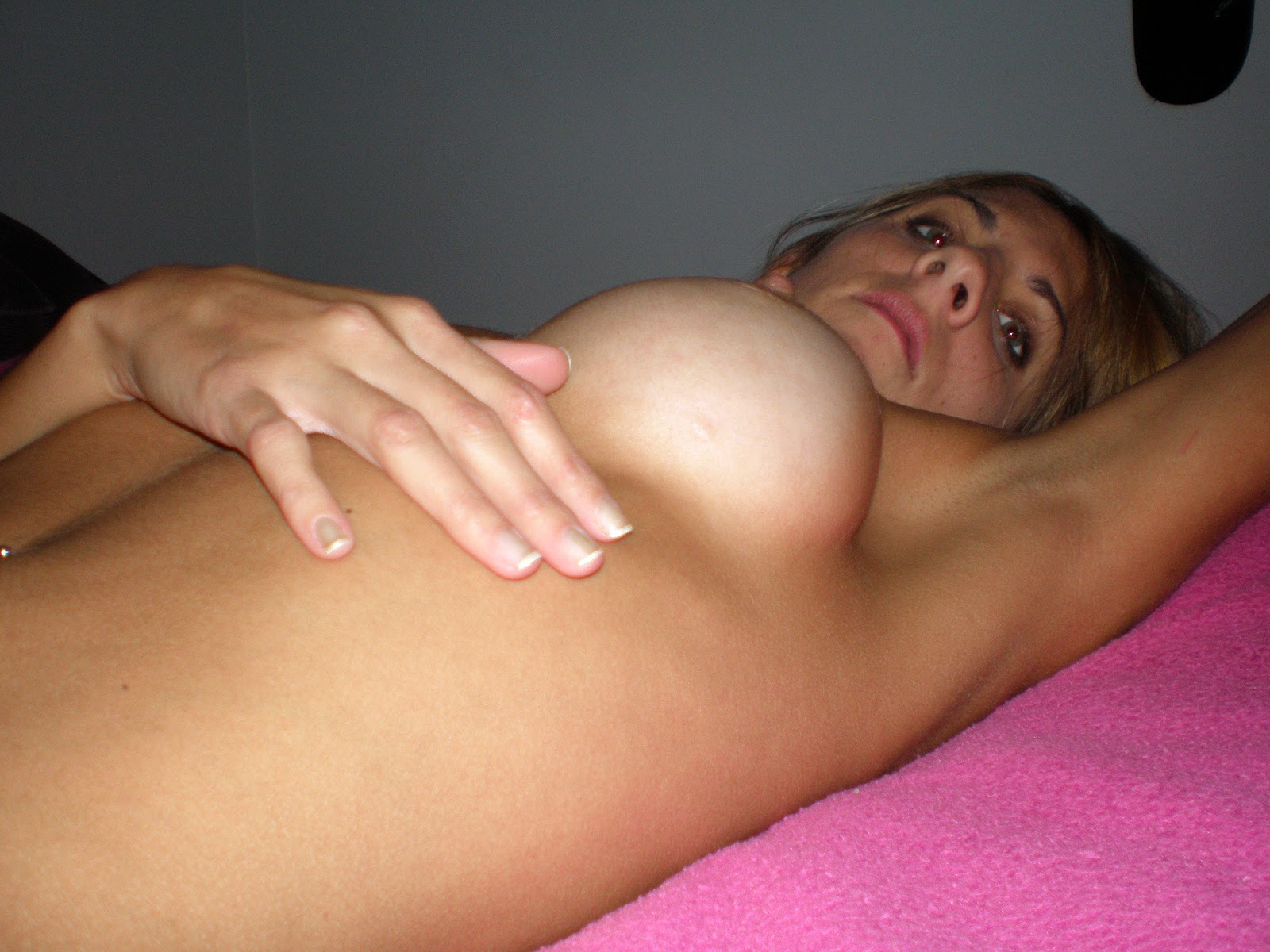 sweet looking brunette jessica ivan toying her muff and getting