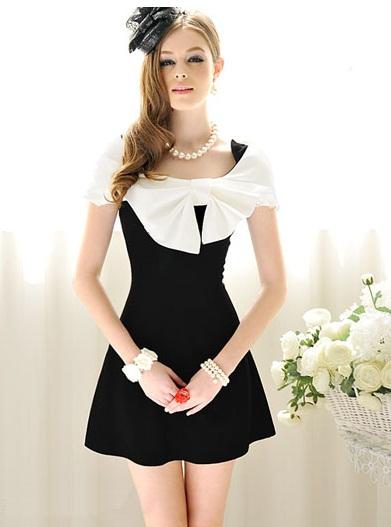 Dress Hitam Pita Putih Besar