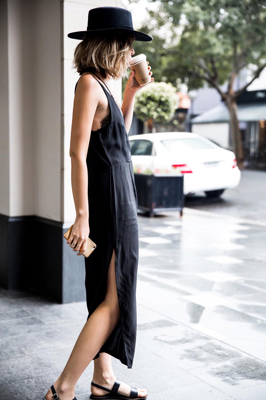 Outfit de verano con fedora negro