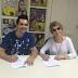 Ao lado da família, Regis Danese renova contrato com a gravadora MK Music