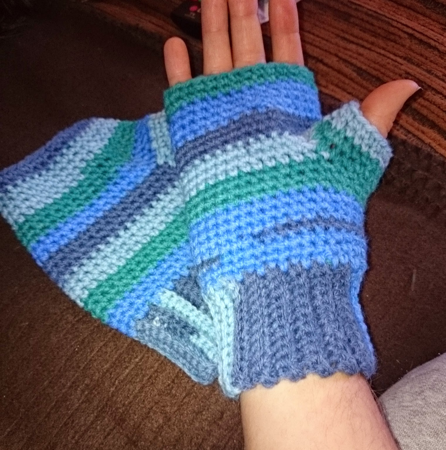 crochet mens fingerless gloves mittens handmade wool yarn blue green boys