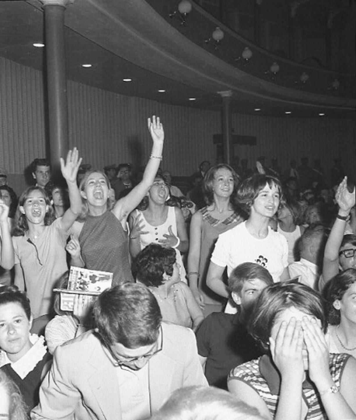 Musicitt giugno 1965 i beatles a roma - Diva futura club ...