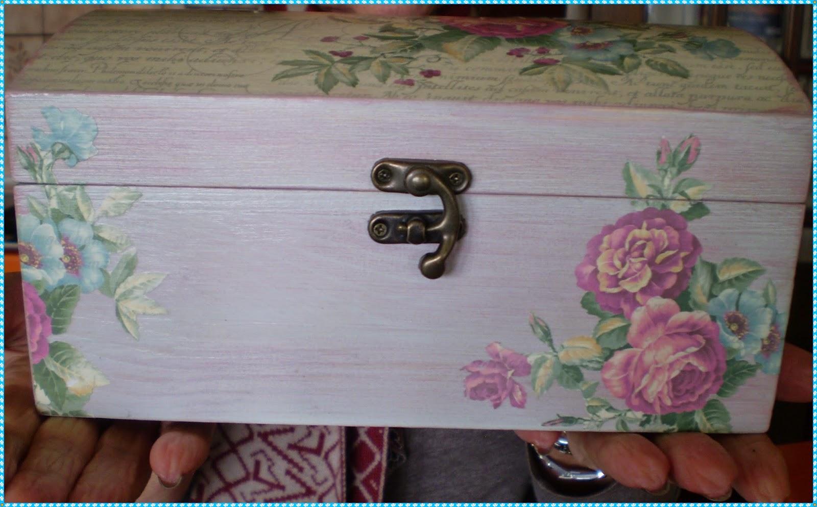 El refugio de lirtea caja baul - Como decorar un baul de madera ...