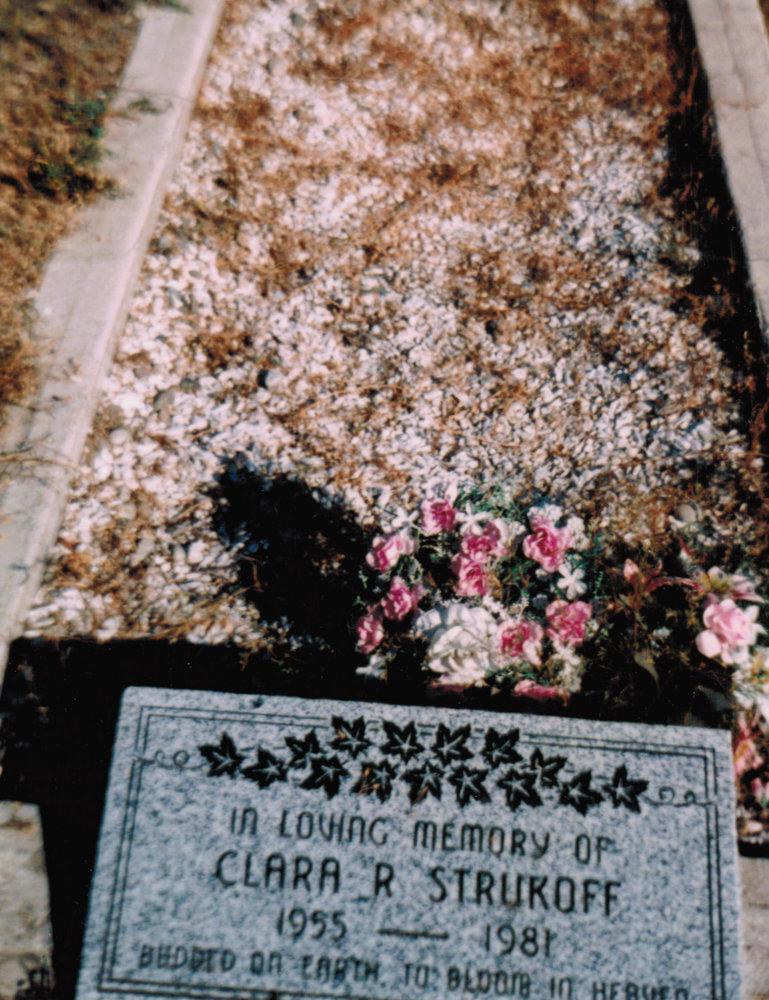 Clara Strukoff gravemarker