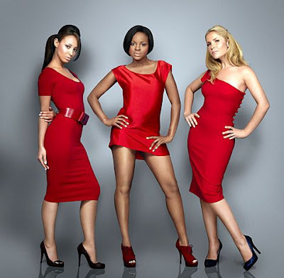 Heidi Range with Others Wallpaper