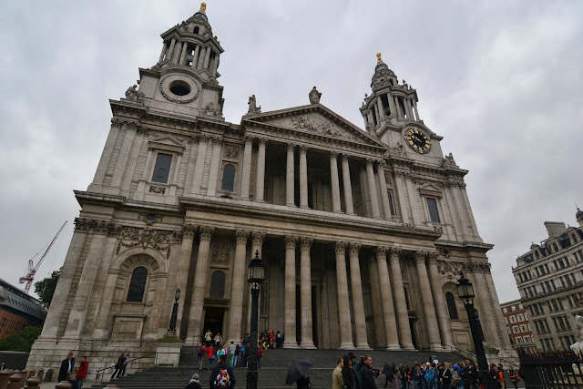 St Pauls - first stop off on The Original Tour