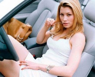 Jessica Biel Hot