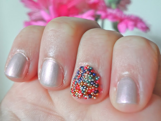 Accent nail, Essence Effects Nails, 3D nail art, Candy Buffet