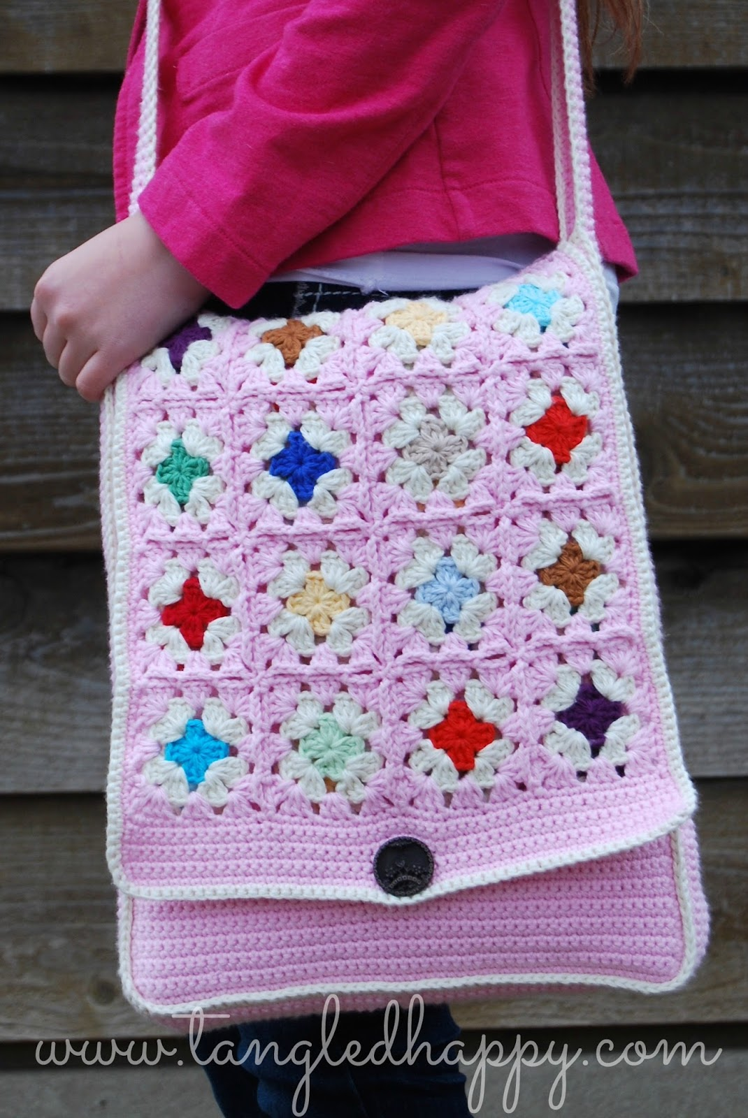 tangled happy: Grannys Messenger Bag {Free Crochet Pattern}