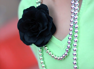 Black Flower Beaded Necklace