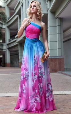 Fotos e imagens de Modelos de Vestidos de Ciganos