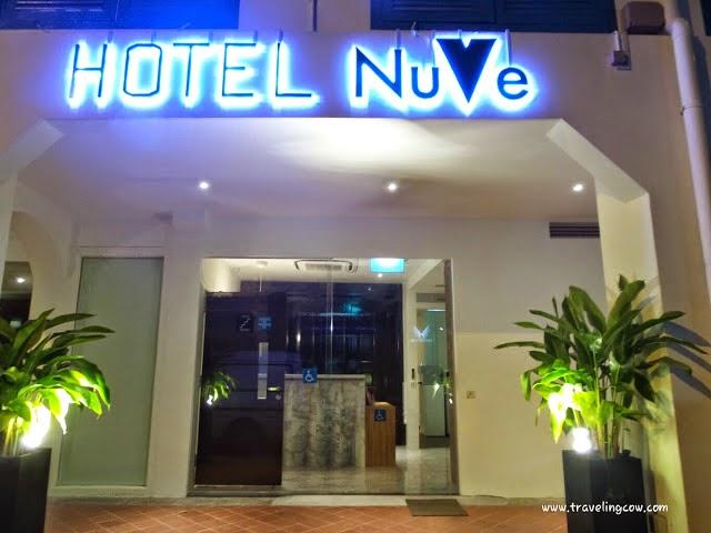 Terletak Di Daerah BUGIS Dekat Dengan MRT Bugis Lavender Lokasi Strategis Karena Central Area Hotel Bersih Wangi Nyaman