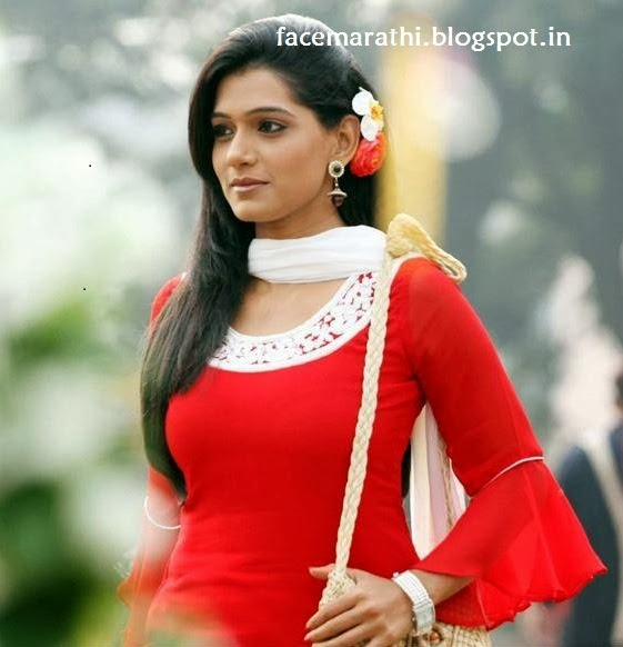 hot marathi actress urmila kanitkar kothare wallpaper images photos