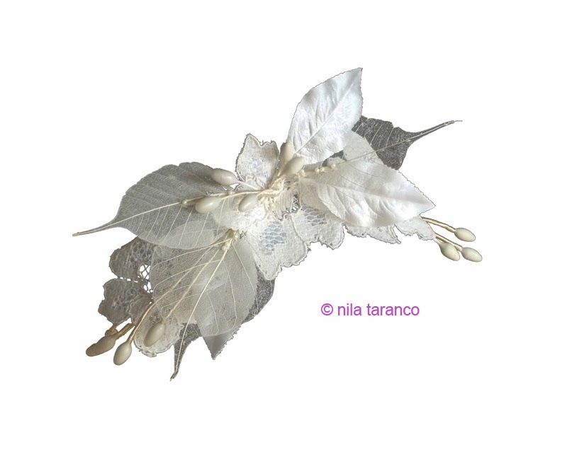 Tocado de novia, modelo Guipur et Feuille by nila taranco. Encaje aprestado con flores de cera y azahar, hojas momificadas, hojas alambradas...