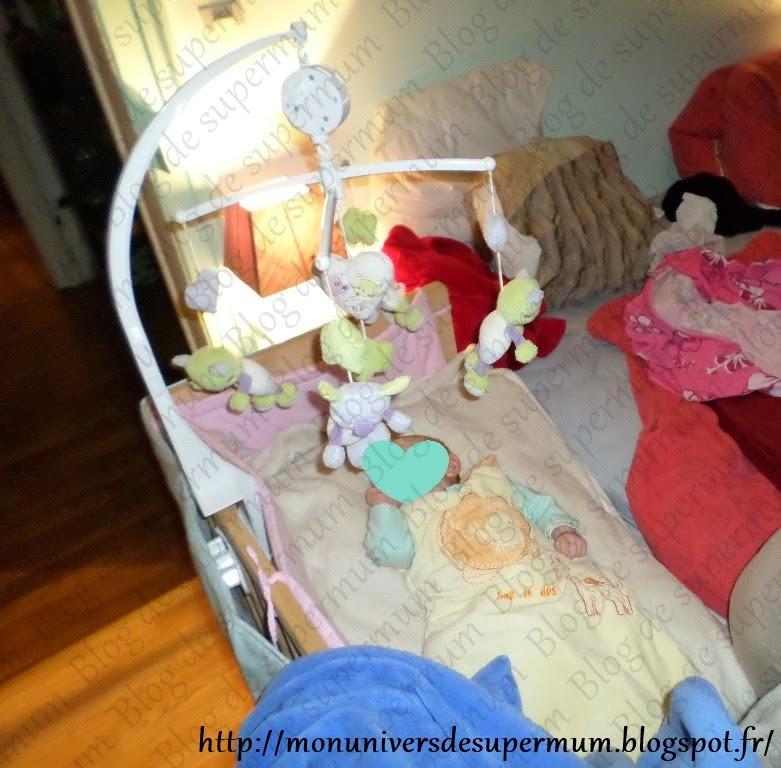 mon univers de supermum lit cododo fabimax b b dans son lit. Black Bedroom Furniture Sets. Home Design Ideas