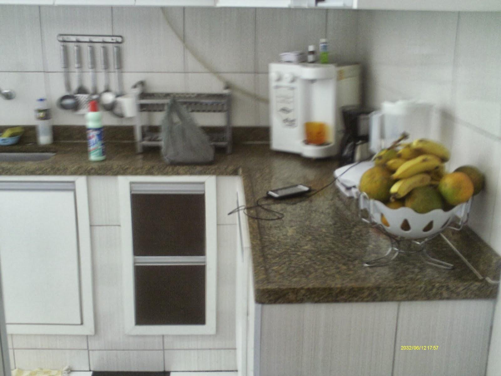 Imagens de #6B6243 Casa Cocotá Ilha do Governador Avelino Freire Imóveis 1600x1200 px 2886 Box Banheiro Ilha Do Governador