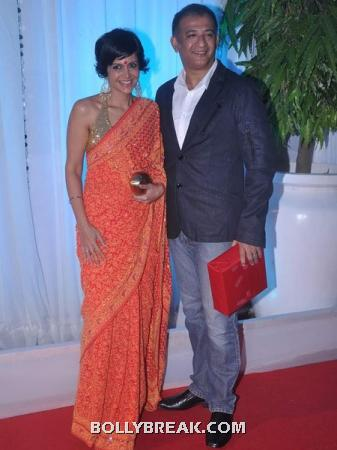 mandira bedi - (8) - Couples at Esha Deol's Wedding Reception