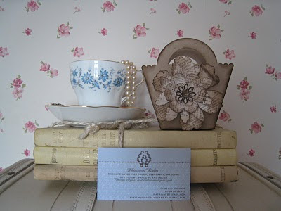 Vintage favour boxes and demask wedding invitations