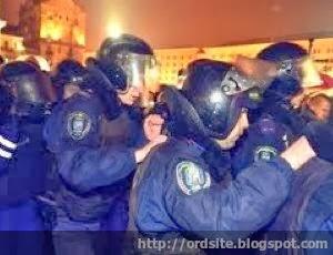 Политолог: Первая кровь за все годы Независимости Украины запустит сценарий свержения Януковича