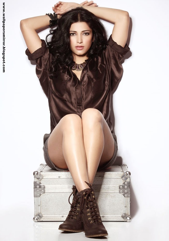 10 hot Shruti Haasan latest hd wallpapers