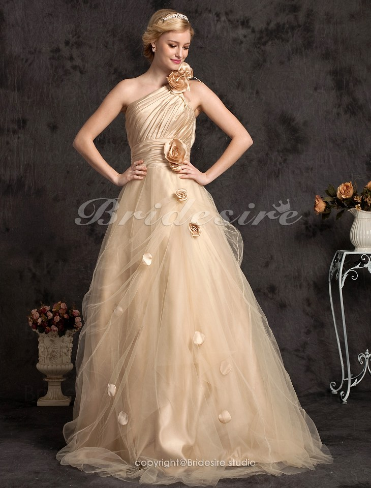 Mbti and favorite color page 50 for Champagne color wedding dresses