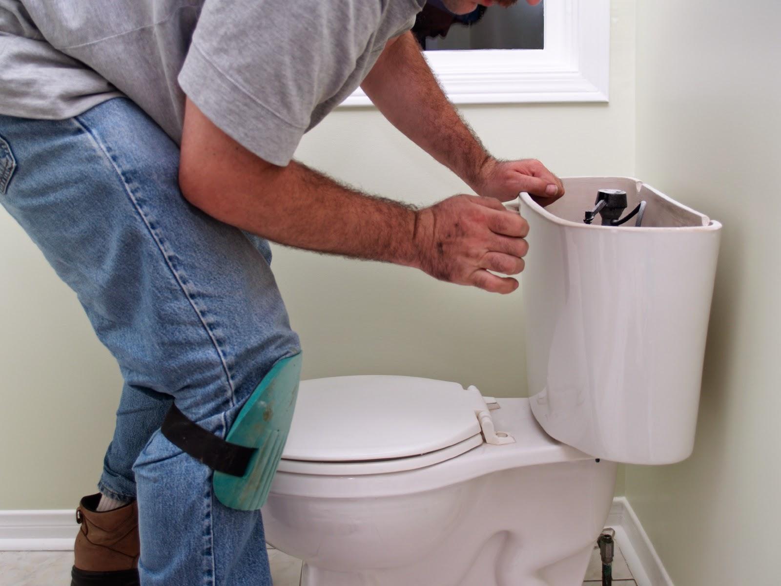Прокладки в туалете 10 фотография